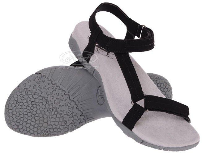 Sprzedaż oryginalnego obuwia firmy Scholl, Berkemann i Solidus. W swojej ofercie posiadamy również kosmetyki marki Scholl, wkładki marki Tacco oraz akcesoria i sprzęty ortopedyczne marek Zamst, BackJoy i BSN Medical. Oferujemy również fachowe doradztwo w zakresie doboru obuwia.